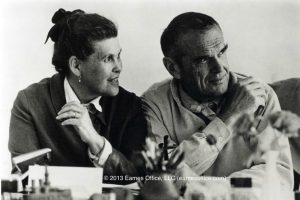 charles_ray_eames_amore_design1-800x543