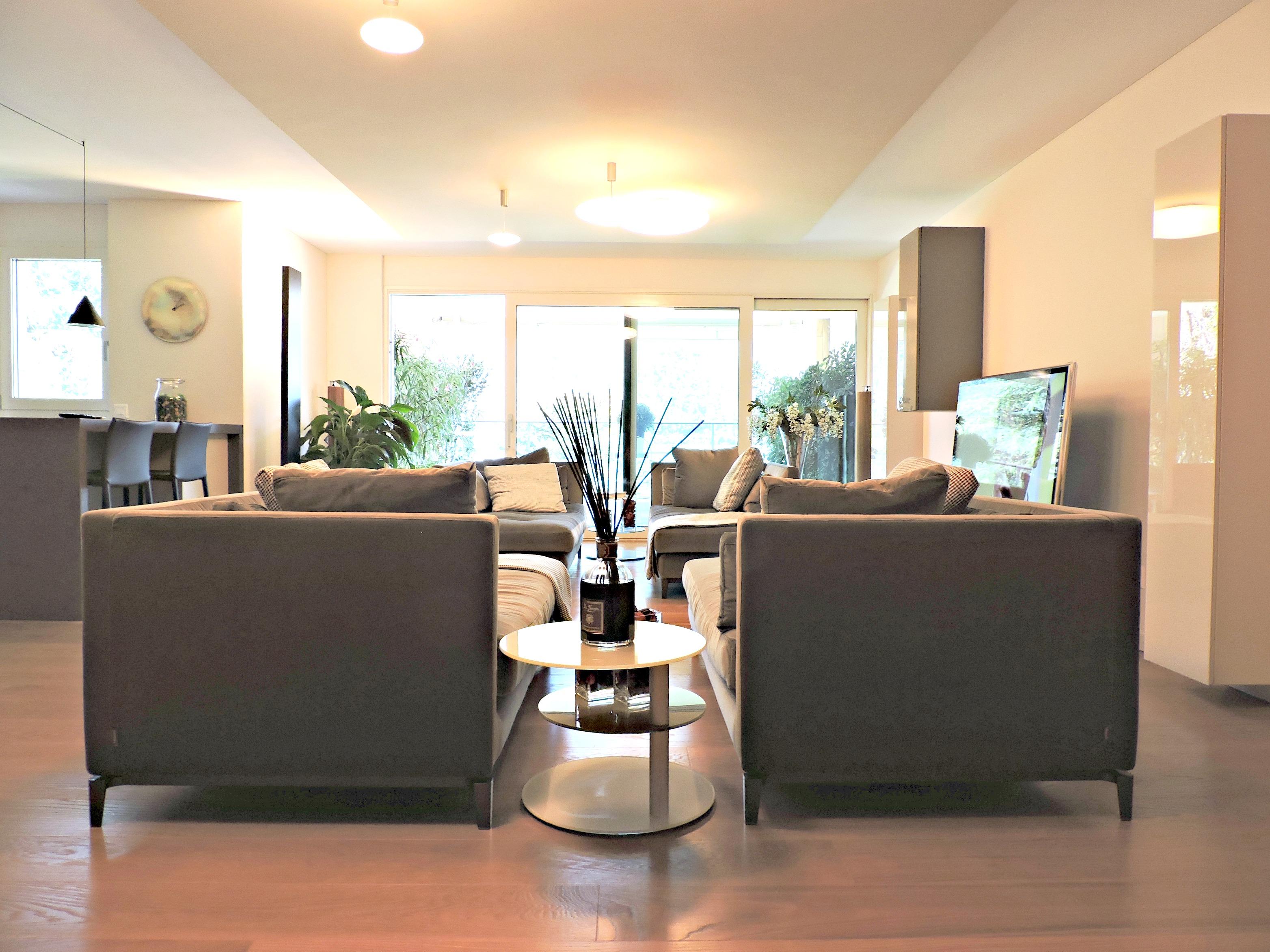 appartamento-di-pregio-sul-Lago-di-Lugano_zona-relax