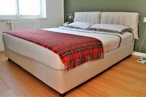 casa accogliente e confortevole sul lago di como - camera da letto