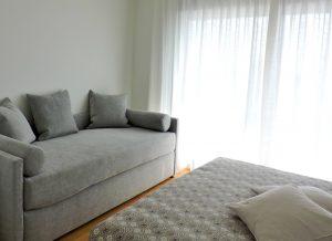 appartamento colorato letto biss