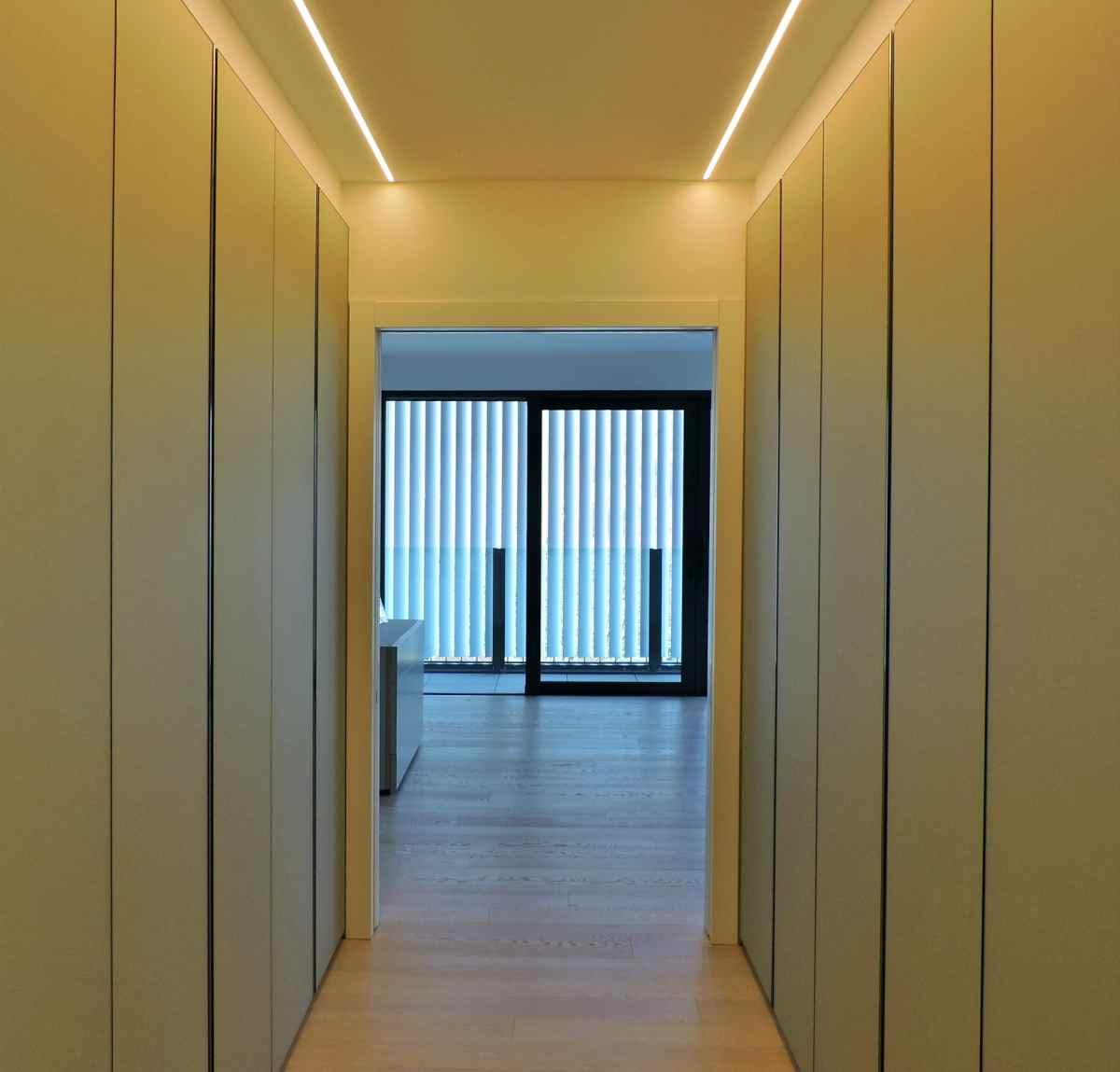 Cucina, mobili e porte interne a Lugano - armadi Molteni