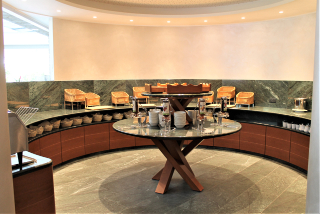 mobili su misura per hotel buffet colazioni